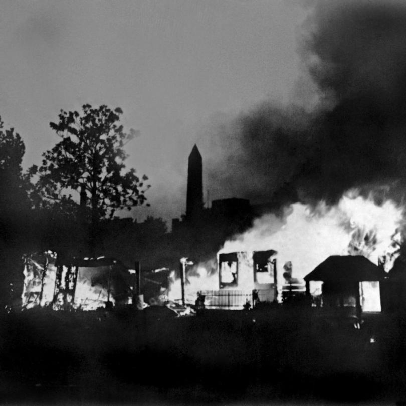 Bonus camp burning